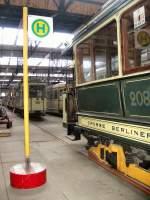 Depot Niederschonhausen/82243/alte-bahnen-im-depot-niederschoenhausen Alte Bahnen im Depot Niederschönhausen