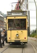 Berlin - Tw  5984/1983/tw-5984-als-linie-22-am Tw 5984 als Linie 22 am Hackschen Markt, Sommer 2008