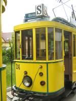 Cottbus Tw 24/20225/blick-zum-tw-24-strassenbahn-cottbus Blick zum Tw 24 Strassenbahn Cottbus in strömenden Regen - 6.6.2009