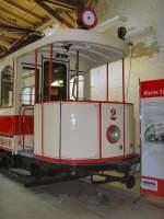 Halle - hist. Tw/32481/hist-tw-2-der-strassenbahn-halle Hist. Tw 2 der Strassenbahn Halle im Museumsdepot, 19.9.2009